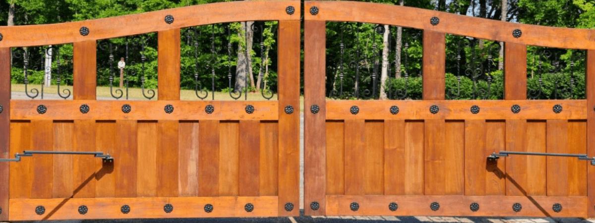 Dallas Fence Company Xtreme Air Service gates